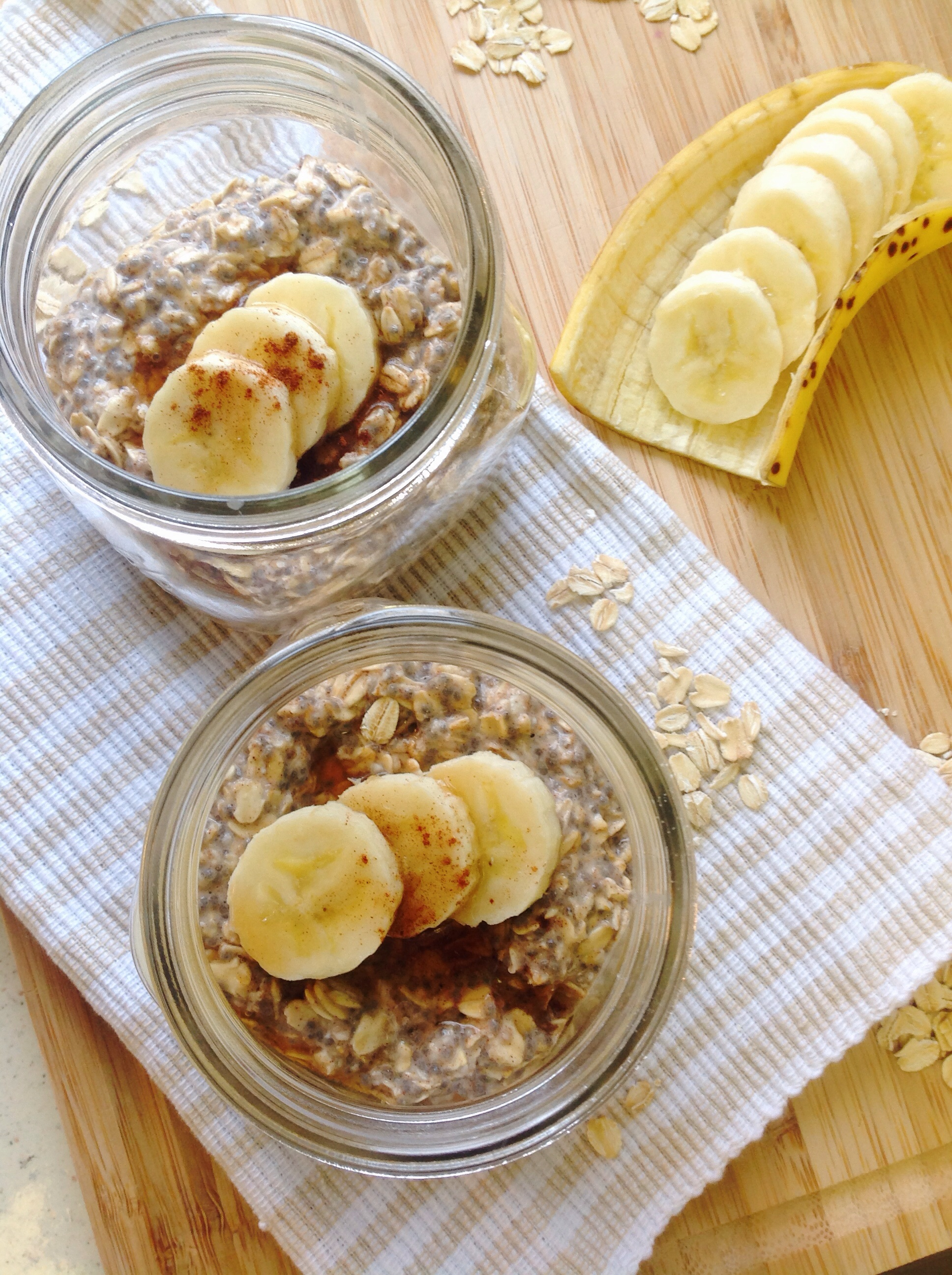 Banana Maple Chia Overnight Oats