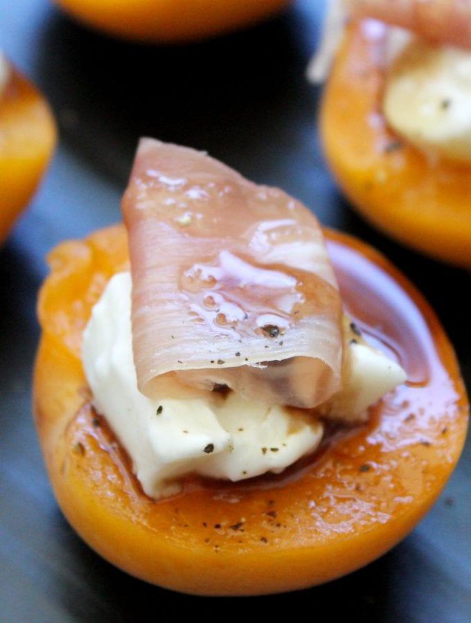 Fresh Apricot & Prosciutto Bites