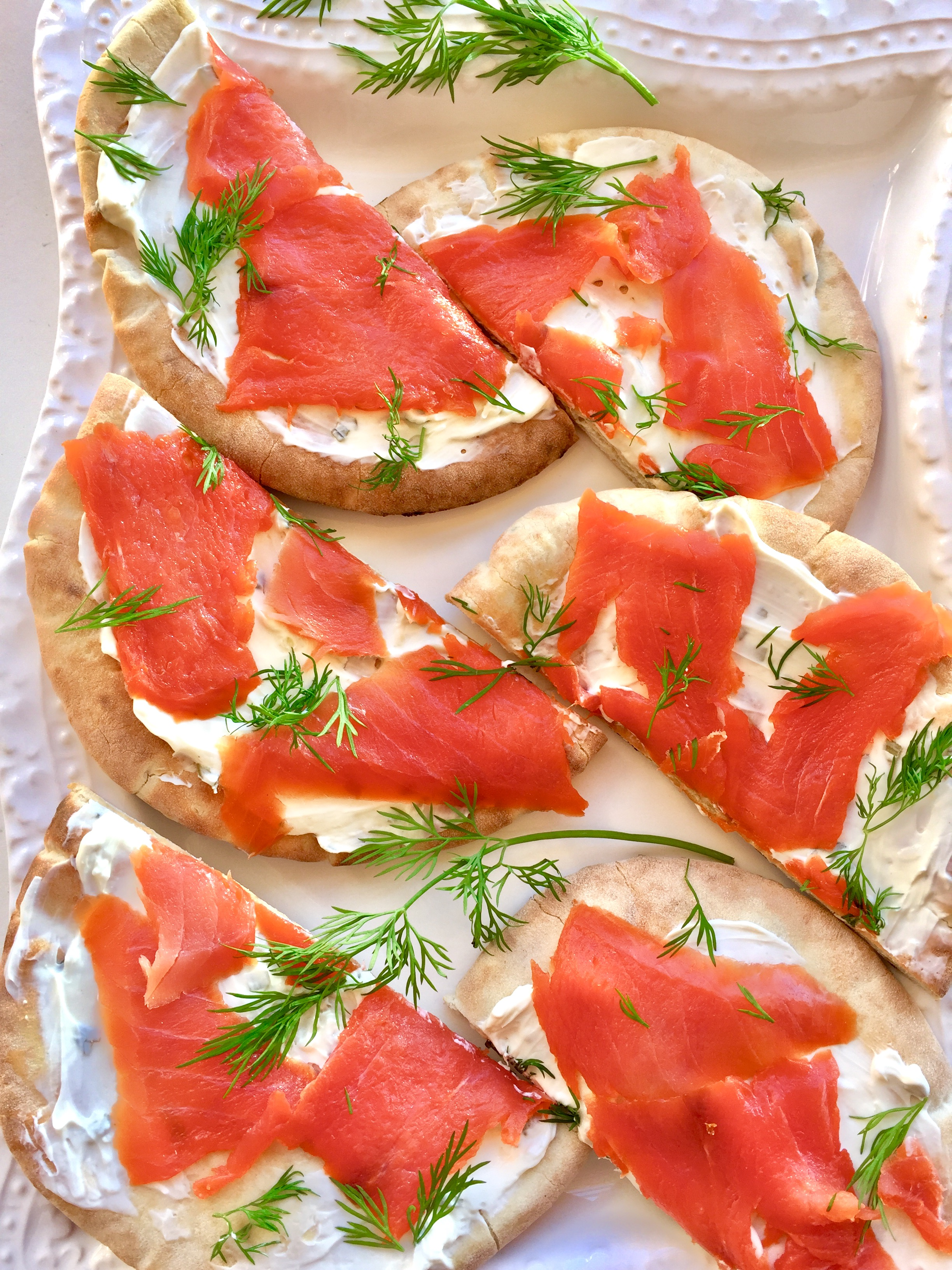 Simple Smoked Salmon Flatbread