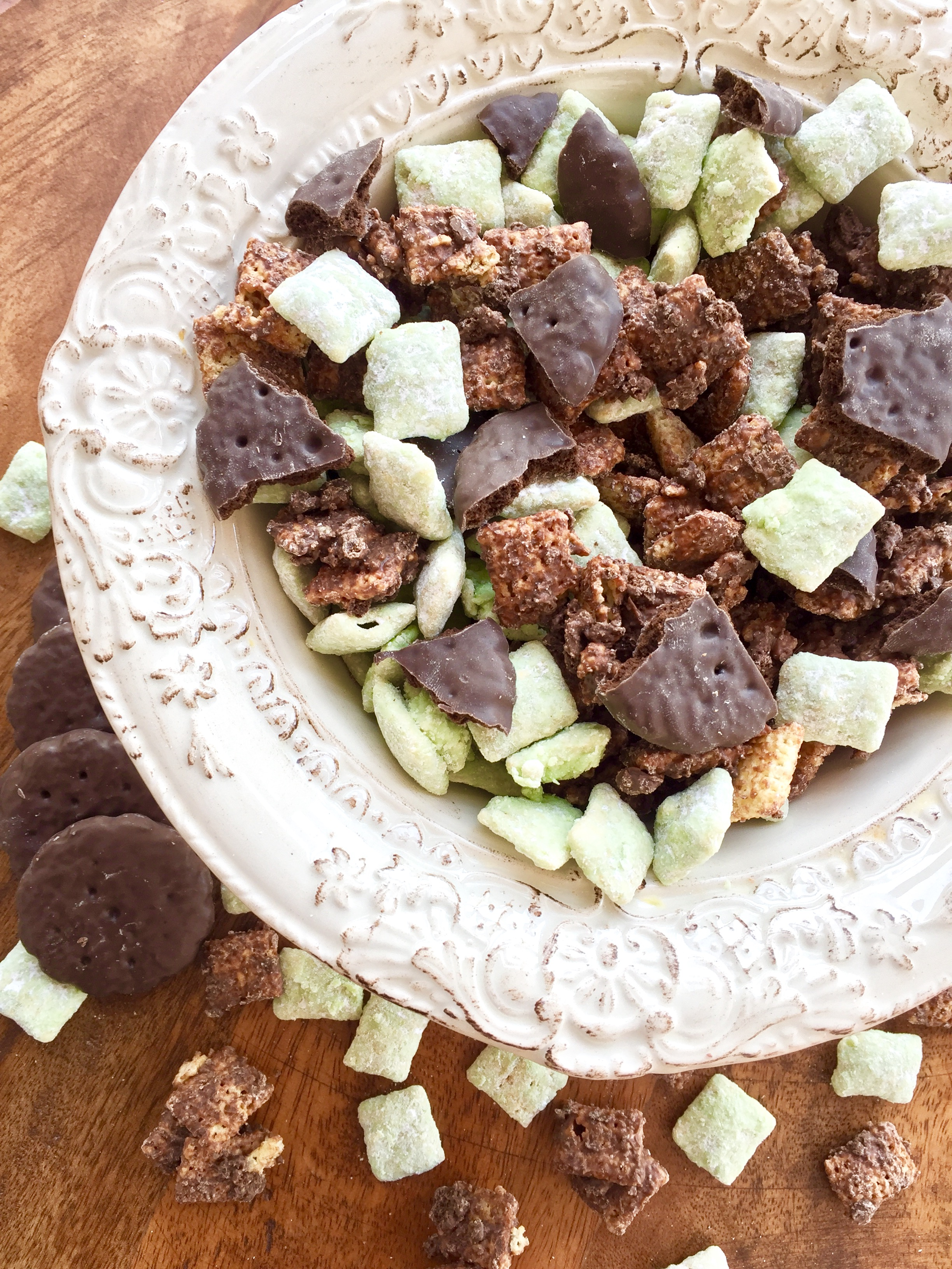 Thin Mint Muddy Buddies–St. Patty's Day Edition