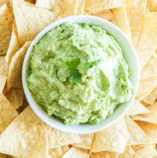 The BEST Homemade Guacamole