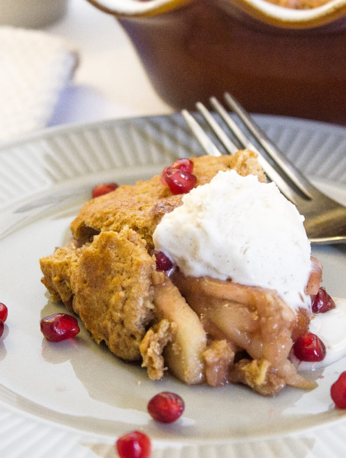 Healthy Pomegranate Apple Cobbler