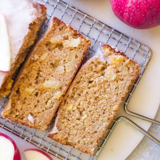 Apple Cinnamon Oat Bread