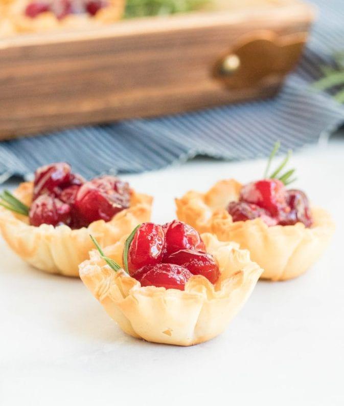 Quick & Easy Cranberry Brie Bites