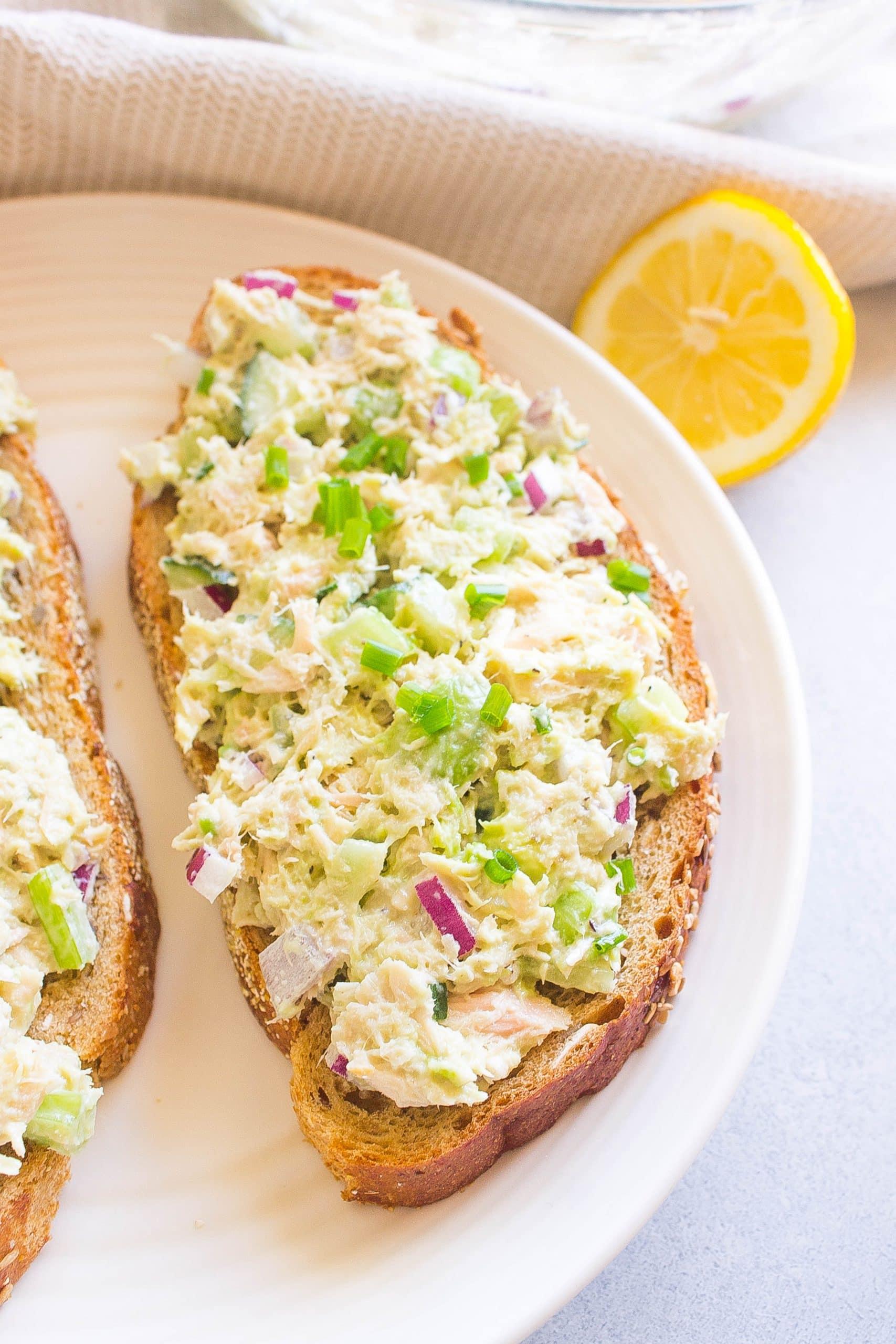 Healthy Avocado Tuna Salad