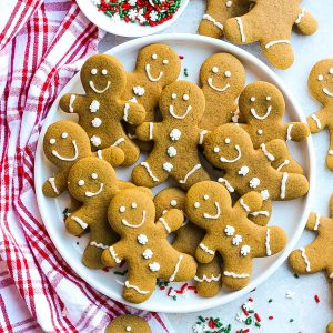 Gingerbread Men Cookies (Soft & Chewy)