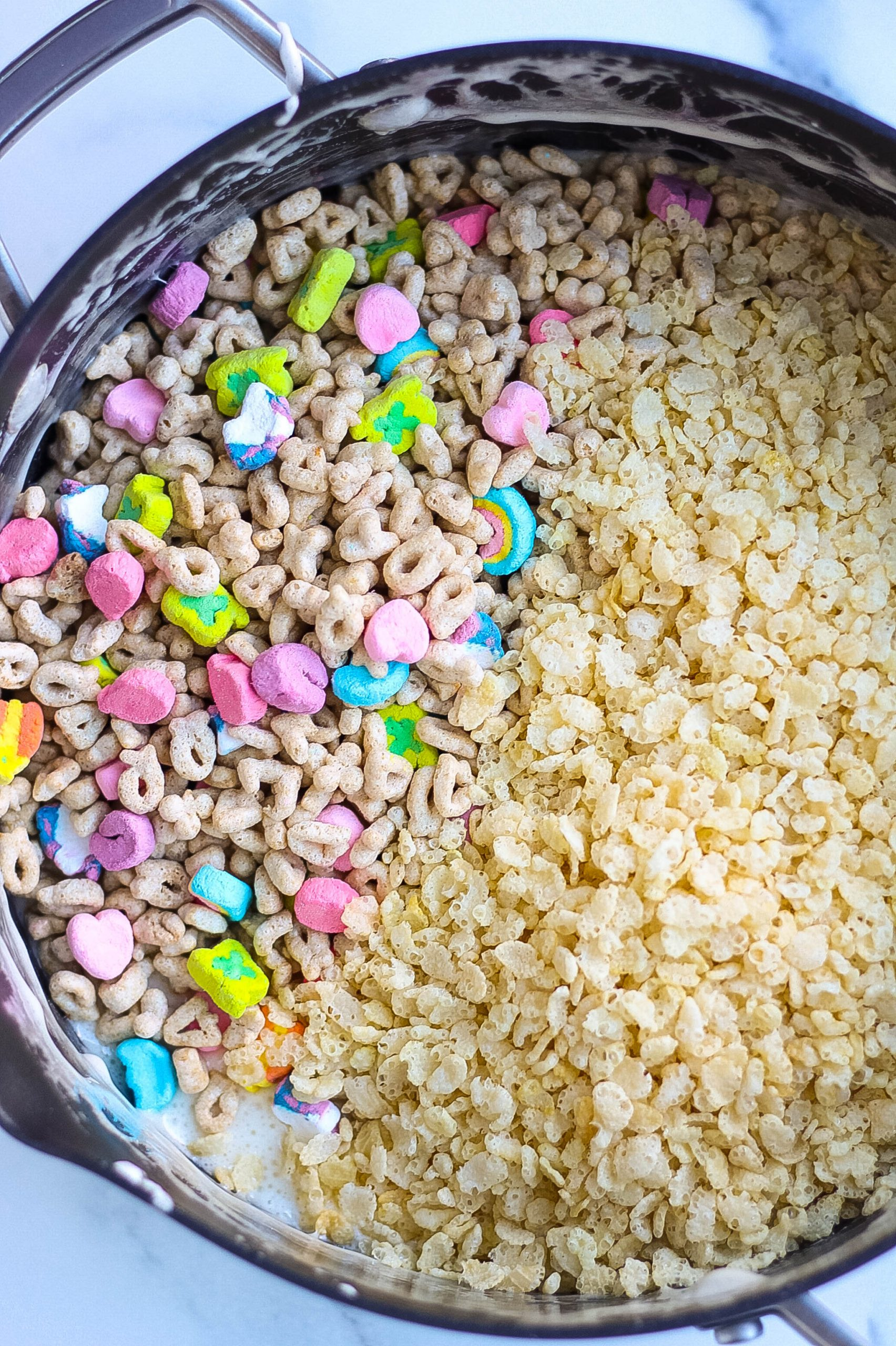 Lucky Charms Rice Krispies Treats cereal