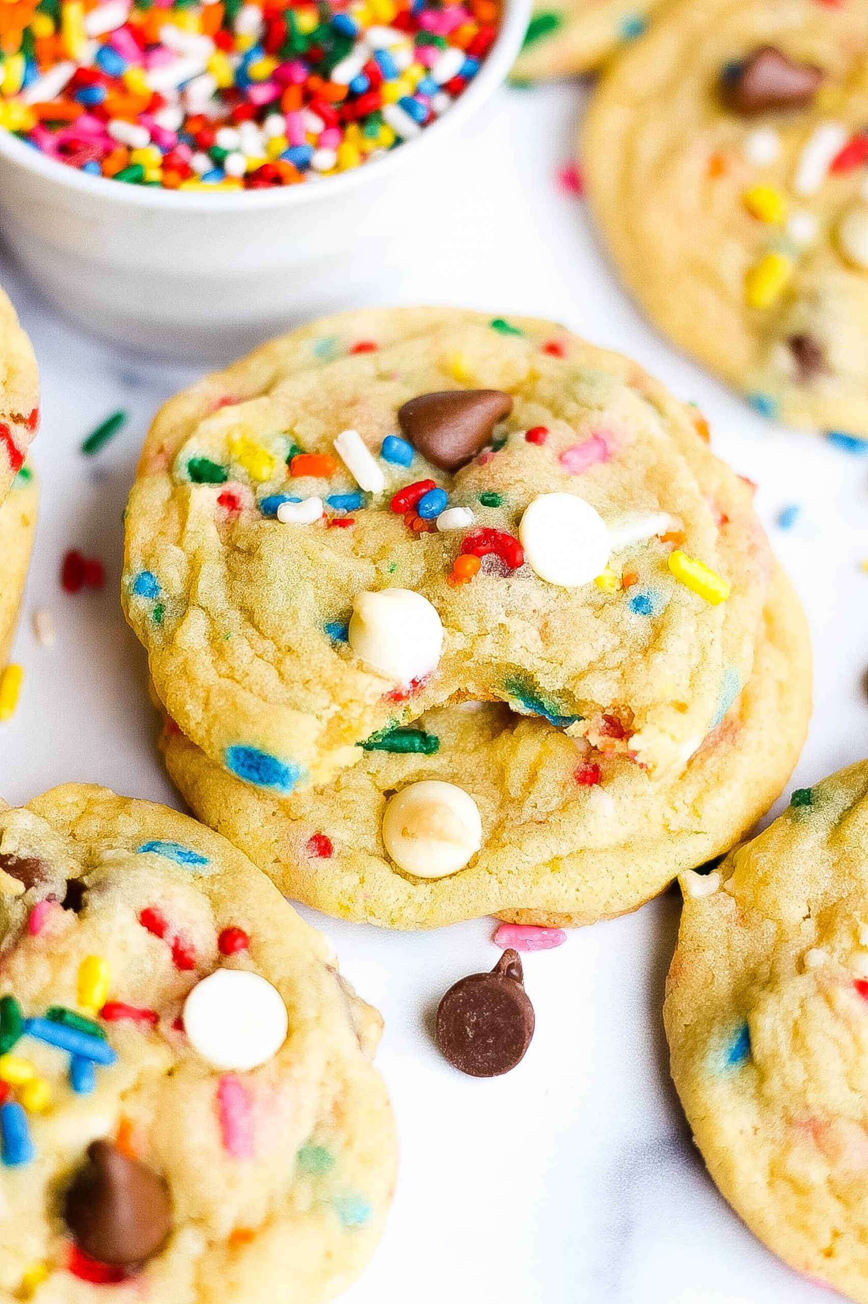birthday cookies with bite