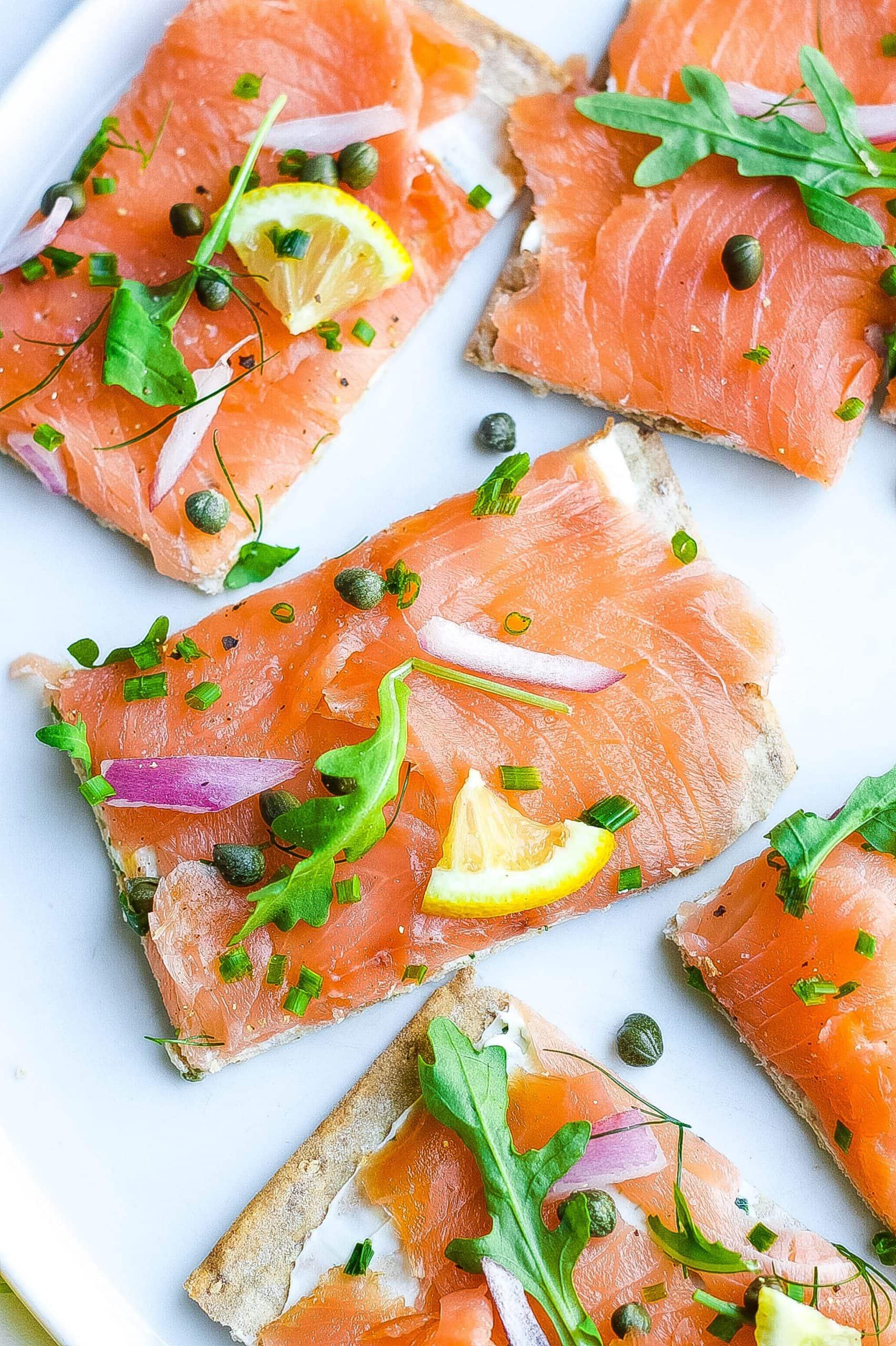 15 Minute Smoked Salmon Flatbread