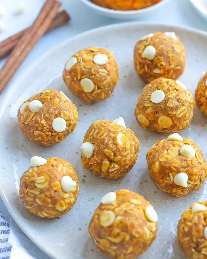 close view of pumpkin energy bites with white chocolate